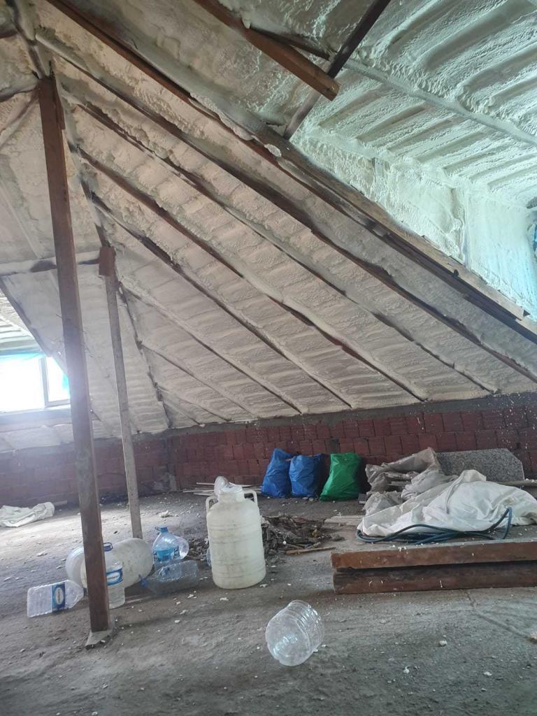 çatıya köpük sıkma