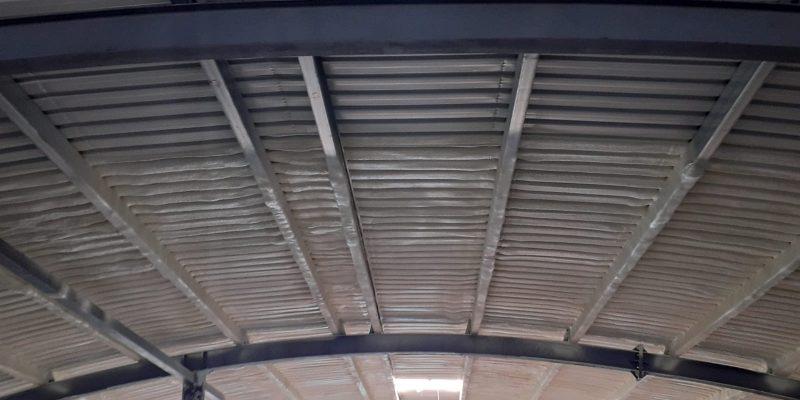 sprey poliüretan köpük ile çatı ısı yalıtımı